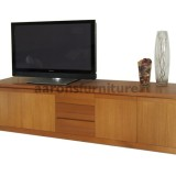 <center><b>CUSTOM Lowline</b></br>Select Tasmanian Oak</br>2500 wide</br>with drawers and doors